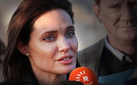 Hollywood actress Angelina Jolie in Duhok. Photo : Rudaw