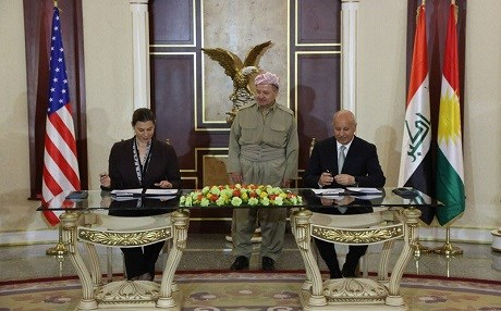 Acting Minister of Peshmerga Affairs Karim Sinjari and US acting Assistant Secretary of Defense Elissa Slotkin signed a Memorandum of Understanding in Erbil on Tuesday. Photo: Courtesy of Kurdistan Regional Presidency