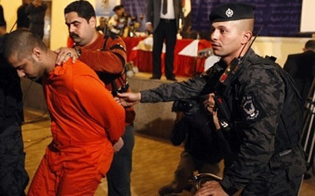 The seven suspected al-Qaeda militants were hanged at the al-Nasiriyah prison in southern Iraq.