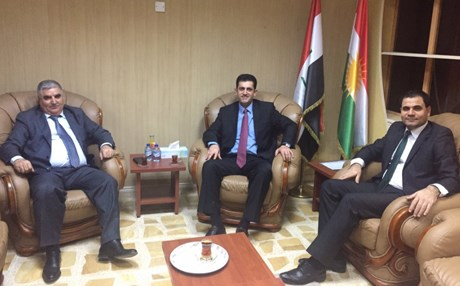 Mayor of Shingal Mahma Khalil, Director General  of the Kurdistan Regional Government Joint Crisis Coordination Centre Hoshang Mohammed and Mariwan Hassan, a director from the centre, meet in Erbil on Monday. Photo: KRG-JCCC