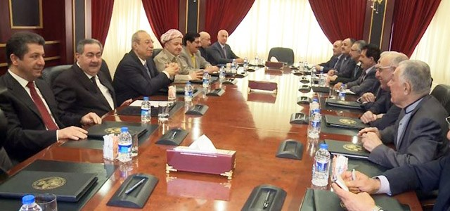 A meeting between a Kurdistan Democratic Party (KDP) delegation (L) and a delegation of the Patriotic Union of Kurdistan (PUK) (R) in Erbil. Photo: Rudaw