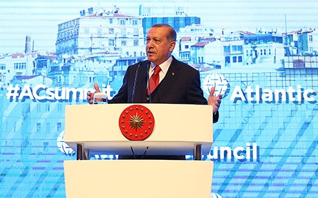Turkish President Recep Tayyip Erdogan delivers a speech during the Atlantic Council Summit in Istanbul on April 28. Photo: AA