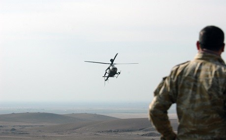 A helicopter maneuvers near Kirkuk Province on Dec. 26, 2009. Photo: Tyrone C. Marshall Jr. | US Army