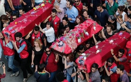 A funeral for victims of the July 20, 2015 Suruc bombing. Photo: EPA
