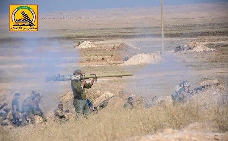 Hashd units besiege the outskirts of Tal Afar. Photo: Hashd