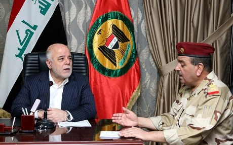 Iraqi Prime Minister Haider al-Abadi meeting with Iraqi military officials. Photo: PM's office