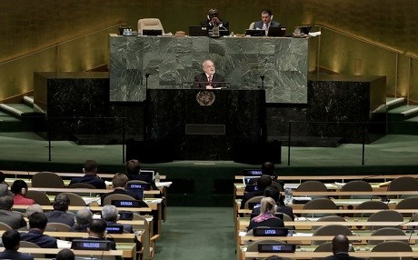 Ibrahim al-Jaffari, the foreign minister of Iraq, speaks to the UN General Assembly in New York. Photo: AP