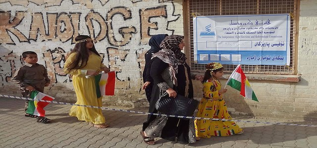 A Kurdish family heading to a polling station to cast their ballots in the city of Kirkuk in the Kurdistan independence referendum held on September 25, 2017. Photo: Rudaw.