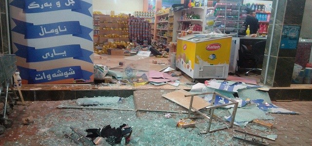 Material damages to a store in Halabja resulted after an earthquake struck on Sunday night. Photo: Osamah Golpy | Rudaw
