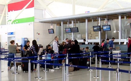 Passengers check in for flights at Erbil International Airport last September, two days before the flight ban came into effect. Photo: Rudaw video