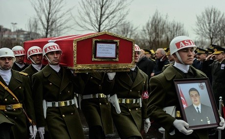 Turkish soldiers carry the coffin of  a Turkish soldier who was reportedly killed in cross-border clashes with Kurdish People's Protection Units (YPG) forces in Afrin, Syria, during a funeral ceremony in Istanbul on February 11, 2018. Photo:AFP/Yasin Akgul