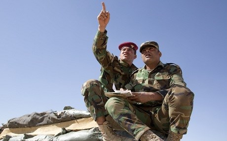 Peshmerga gesture during a training course with the coalition in October 2017. Photo: Sgt. Tracy McKithern/US Army