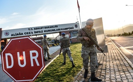 The trial of US pastor Andrew Brunson at Aliaga courthouse in Izmir took place under tight security. Photo: Bulent Kilic/AFP