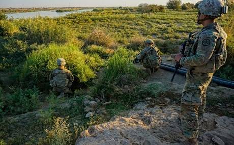 US soldiers conduct a routine patrol along the banks of the Euphrates River in Iraq on September 29, 2018. The US-led coalition is backing Iraqi and SDF forces in Iraq and Syria battling ISIS in its last holdout in the river valley. Photo: Capt. Jason Welch/US army