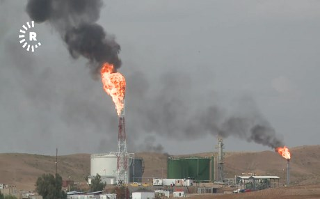 An oil facility in the Kurdistan Region burns off natural gas. Photo: Rudaw TV