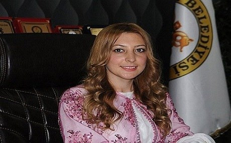Leyla Imret, 30, was the youngest mayor in Turkey ever elected to office in Cizre in the 2014 election. Photo: @lleyla73