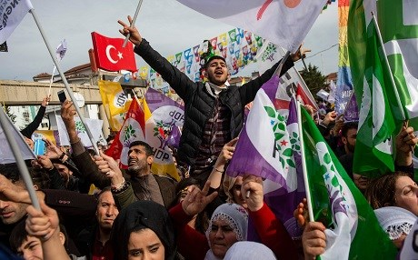 Supporters of the pro-Kurdish Peoples' Democratic Party (HDP) attend a 'Peace and Justice' rally in Istanbul on February 3, 2019. Photo: Yasin Akgul/AFP