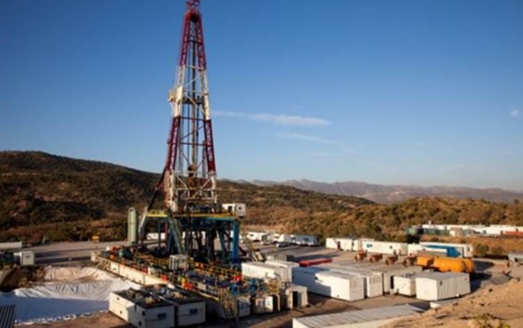 """شركة إماراتية تعلن بدء إنتاج النفط من حقل """"أتروش ..."""