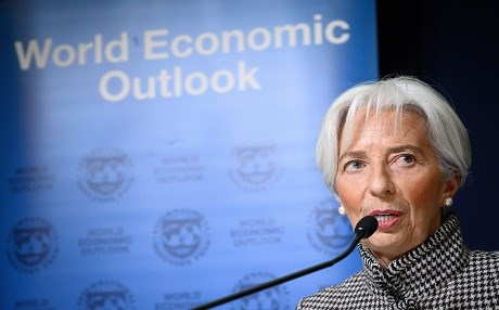 IMF warns trade confrontions, uncertainty threaten global growth